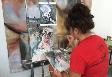 The painting minor provides students <br/>with a strong technical and creative foundation.<br/>