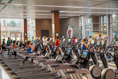 A large number of Precor cardio<br/> machines are available.<br/>