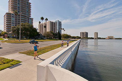 Enjoy Tampa's pleasant year-round temperatures,<br />beautiful beaches, sports, culture and entertainment.<br/>