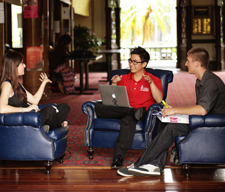 ut freshman essays University of north texas admissions information for freshman, transfer, graduate and international students.